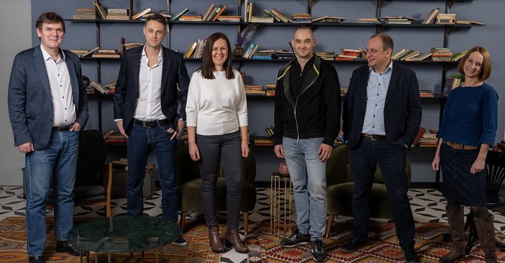 Finqware, a Romanian technology start-up, raises €500,000 investment in a seed round led by CEE fintech investor Elevator Ventures. The company will speed up its market expansion in the CEE region.