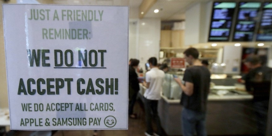 UK – Shops are continuing to refuse cash payments even after lockdown restrictions have eased – research